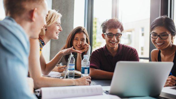 Carreras universitarias con menor desempleo