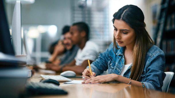 Razones para seguir estudiando una licenciatura